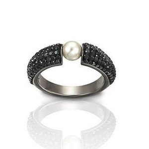 Swarovski Black and Pearl Bling Ring